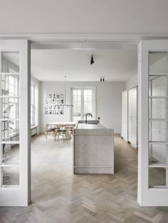 Kortrijk House by Hans Verstuyft Architecten