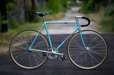 Beautiful Bicycle: Chris' Blue Nagasawa Track - PROLLY IS NOT PROBABLY #bicycle #prolly #track #bike #blue #nagasawa