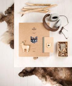 Deerz on Behance #branding