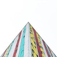 Creative Minimalist, Geometric and Colorful Street Photography by Jeka Shohirev