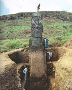 FFFFOUND! #sculpture #moai #art
