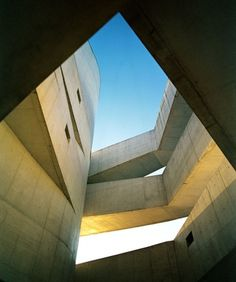 architecture/interior : Felipe Neves #museum #siza #museu #iber #photography #architecture #camargo #alvaro