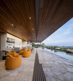 Modern Summerhouse Near Sao Paulo by Studio Arthur Casas 4