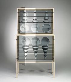 De Intuïtiefabriek #ceramics #design #closet #glass #wood #product