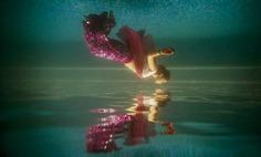 under water pre wedding photo shoot idea