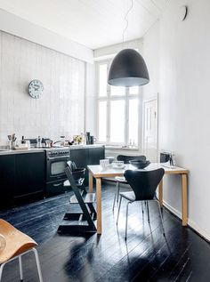 black, like i take my coffee / sfgirlbybay #interior #design #decor #kitchen #deco #decoration