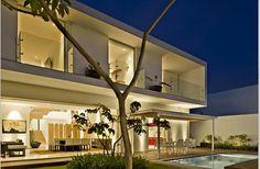 Beautiful ML House Courtyard