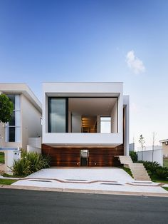 Sustainable Four-Level Home in Brazil Exhibiting a Bold Modern Architecture #architecture #modern