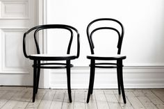 Lotta Agaton: Thonet love #thonet #chairs