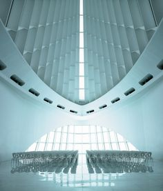 STUA Milwaukee Art Museum #milwaukee #chairs #museum #design #globus #archit #art #stua #calatrava