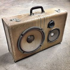 Gentleman's Boombox by Artpentry #speakers #suitcase #artpentry #art