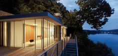 Panoramic Views Over the Lake and Openness: Lake House in Germany