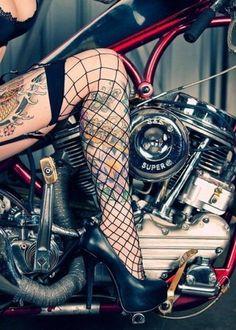afrostyhaze #tatoo #photography #woman