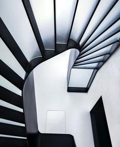 White Concrete House with Old Romantic Spirit - InteriorZine