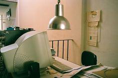 http://modus--vivendi.com/ #lamp #35mm #chair #office #interiors #travel #journal #details #vivendi #photography #desk #studio #modus