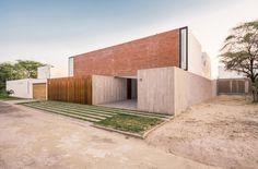 House LB Piura / Riofrio+Rodrigo Arquitectos #architecture