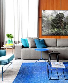 Casa IV in Sao Paulo blue color rug decor #interior #design #decor #home #ideas #decorating