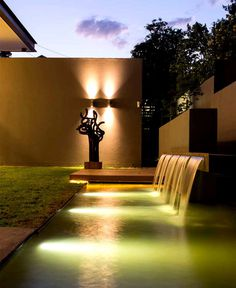 Modern Home that Emanates Luxury and Functionality exotic attractive garden