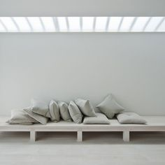 Dezeen » Blog Archive » White Dormitory for Il Vento by Case-Real #interior architecture