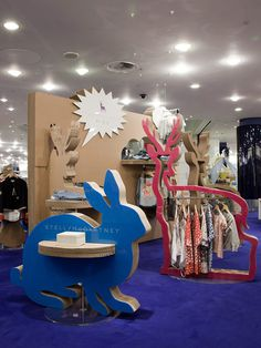 POP UP! Stella McCartney Kids Pop up shop by Giles Miller store design #cardboard