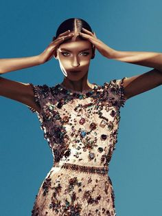 Fashion photography(Zuzanna Bijochphotographed by Sebastian Kimfor Numero #133, viasilte)