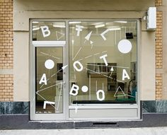 PORTFOLIO OF MARCEL FLEISCHMANN #window #typography
