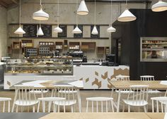 A Contemporary Interpretation of a Traditional Cafe at London