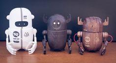 rob_woodbot_img_6804-2.jpg (JPEG Image, 1000×547 pixels) #toys #design