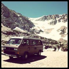51dc6416ad7bcecfa9d688c76758d72e.jpg (JPEG Image, 612×612 pixels) #mountain #van #photography #vintage #vw