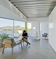 Minimalist Light-Flooded Attic Apartment in Alicante, Spain 8