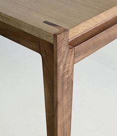 Randomitus : Photo #furniture #tables #wood