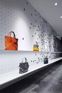 Interactive interior facade at Issey Miyake Shinjuku by Moment Design, Tokyo visual merchandising store design #tokio #issey miyake #store