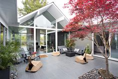 Eichler house modernized by Klopf Architecture - www.homeworlddesign. com (20) #design #architecture #california #interiors