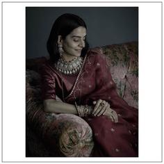 coloured-gemstone-necklace
