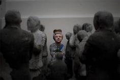 cement miniature sculptures artist isaac cordal (8)