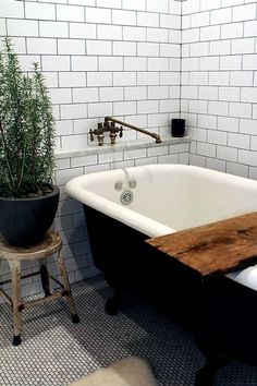 White Subway Tile + Navy Blue Tub #interior #bathtubs #design #decor #bathroom #tile #decoration #deco
