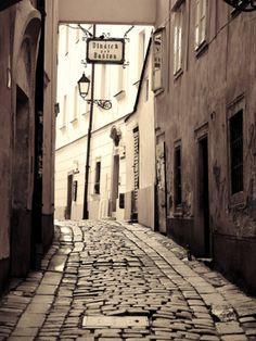 SLOVAKIA, BRATISLAVA, OLD TOWN #old #tow