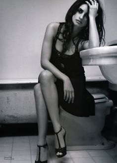Merde! - Photography (Penelope Cruz, via fonrenovatio) #penelope #photography #cruz