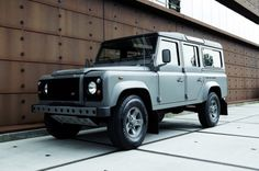 vehicle, range rover, utilitarian, gray, black, simple
