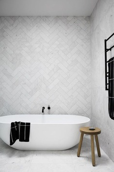 55 Bathroom Tile Ideas | lingoistica.com #bathroom #bathroomideas #tiles