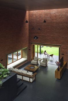 Pune Brick House – Intimate Retreat in the Urban Environment