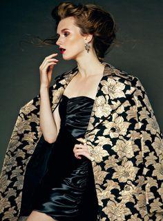 Reina Van der Goot by Begum Yetis for Harper's Bazaar Turkey