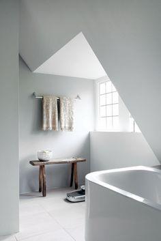 The Design Chaser: Interior Styling   Rustic Bathrooms #interior #design #decor #deco #decoration