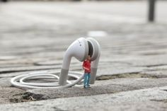 Recent work by Slinkachu - Creative Journal #slinkachu #micro #photography #installation