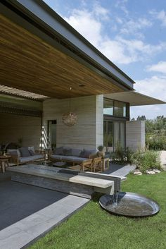 Lomas Country House by Vieyra Arquitectos / Mexico