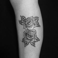 #black #tattoo #illustration #joaquinmotor #roses #buenosairestattoo joaquinmotor.com.ar