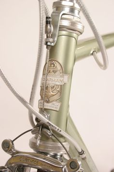 The head badge on Brian Chapman's frames features a bold anchor, a reference to the nautical orientation of his state's geography, Rhode #bicycle #anchor #chapman #bike
