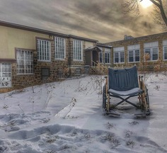 Abandoned America: Mesmerising Photographs of Decaying Buildings
