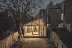 Home by Weston Surman & Deane – Fubiz™ #interior #design #decor #deco #decoration