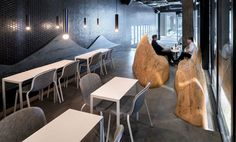 Daipu Architects Shows Amazing Way to use Wood in Renovation - InteriorZine #restaurant #decor #interior